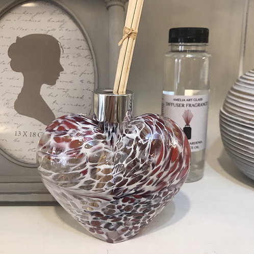 Rosy Red Glass Heart Fragrance Diffuser Close-Up