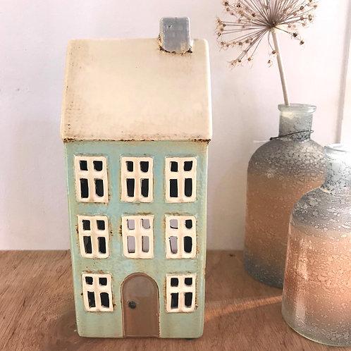 Fourteen Window T-light House