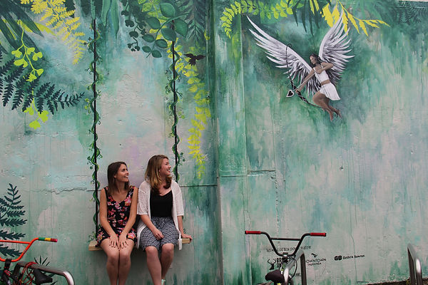 The Love Seat Mural in Tauranga