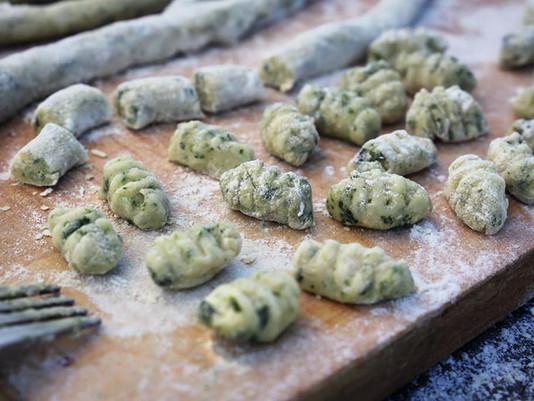 Gnocchis a l'épiaire des bois, le cèpe végétale.