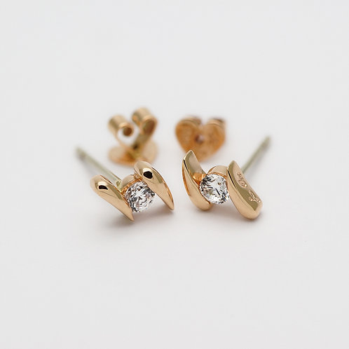 18K Diamond Earring
