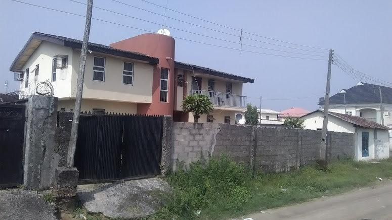 5 Bedroom Unfurnished Duplex + Undeveloped plot of Land