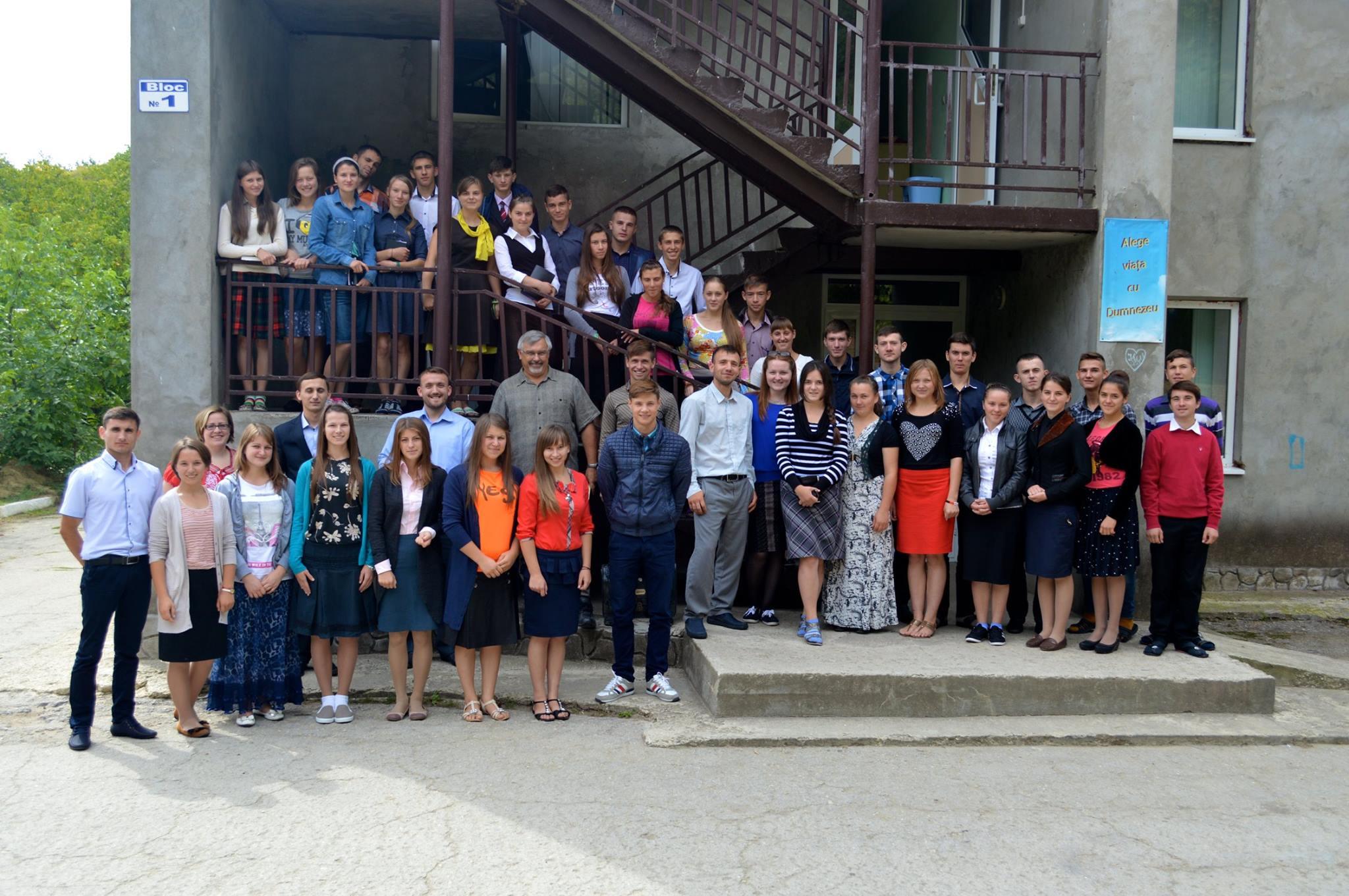 Studenții Institutului Biblic 2015