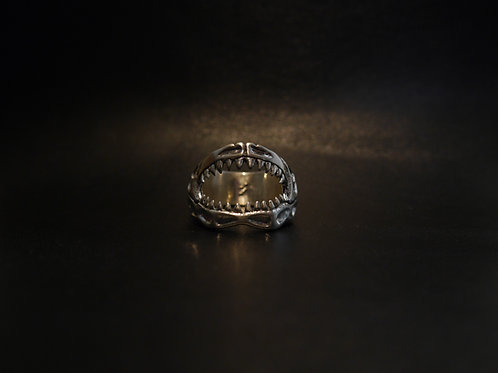 Silver 950 Ring / Shark Jaw