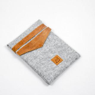 iPad case of Leather and Felt