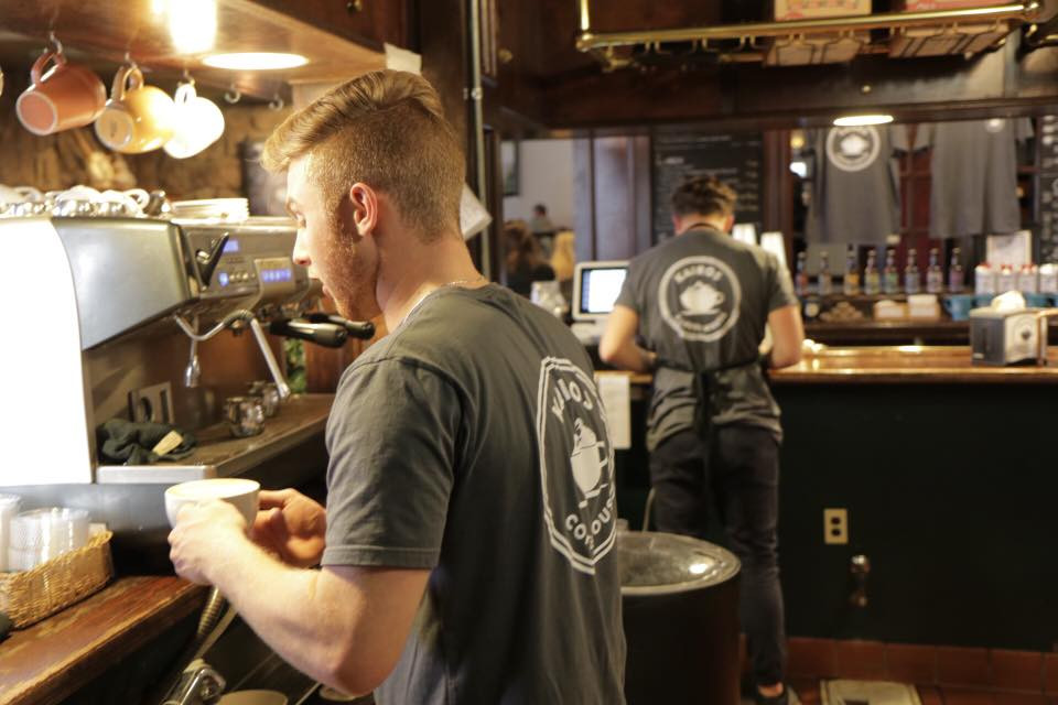 Sustainable t-shirt, coffee house