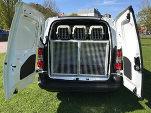 Dog Kennel mobile veterinary ambulance