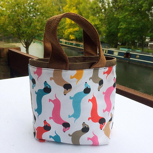 Doggy tote