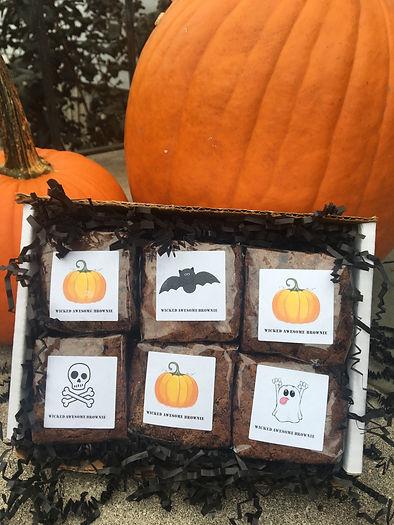 Mini Halloween labels copy.jpeg