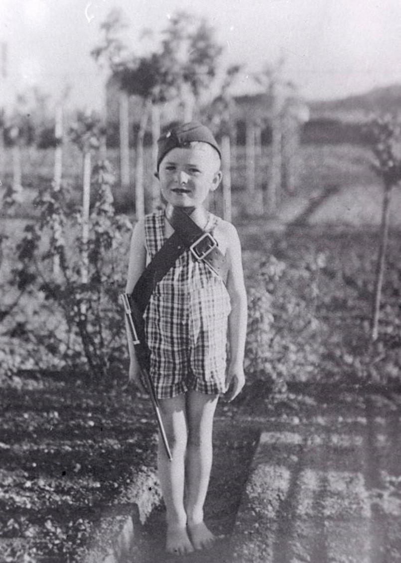 Really young Jiří, 1938