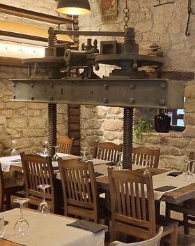 Prensa-restaurante-bodegas.jpg