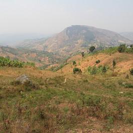 Collines-a-2000m-Burundi.jpg