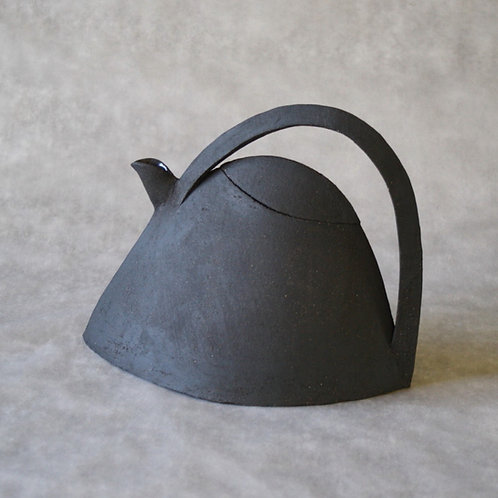 EMA teapots 2 sizes