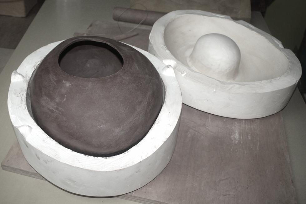 Floating Pebbles Ceramic Model