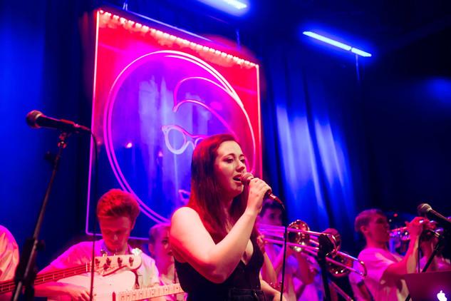 Niamh sings a tune.jpg