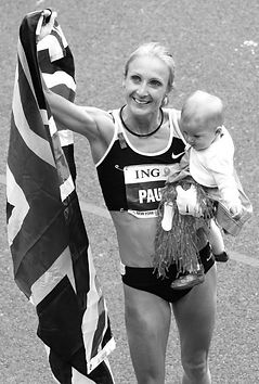 black and white Paula-Radcliffe-makes-fi