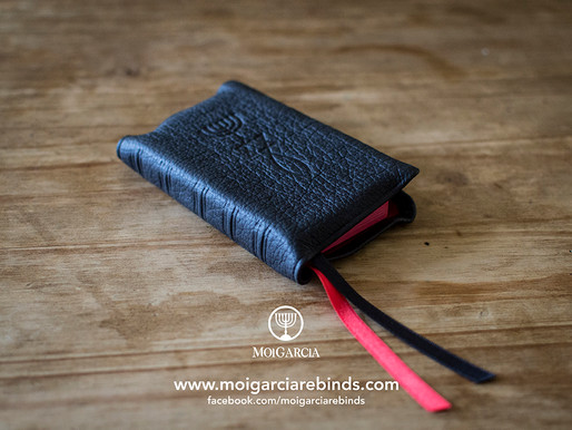 NKJV New Testament with Psalms and Proverbs in Black Full-grain Cowhide Rebind