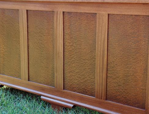 mahogany-desk-front.png