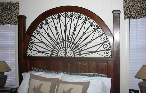 French Gate Bed Detail