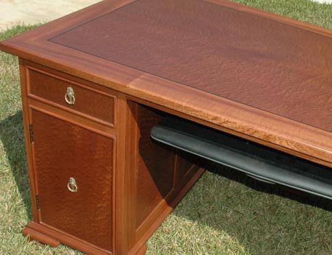 mahogany-desk-top.png