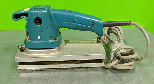 Makita Finishing Sander - 9045n - Washington