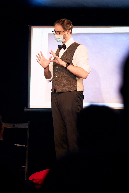 Laurent Tesla mentaliste et hypnotiseur en spectacle (4)
