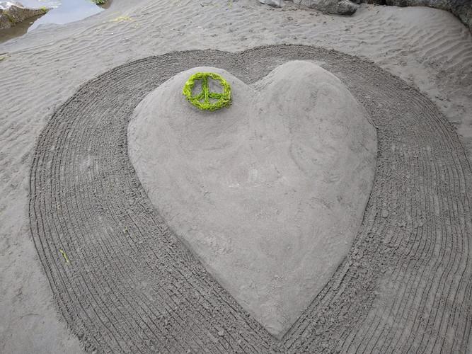Team Go to the beach_Peace and Love_2.jp
