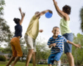 Family-playing-Frisbee.jpg