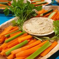 Hummus og grønnsaks sticks