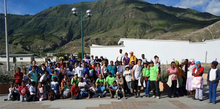 Last Day: Missionary Group, FEDICE Team, And The People Of Pusir