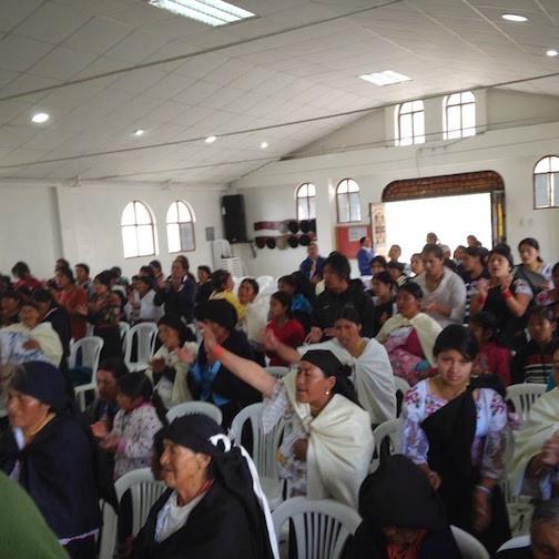 Congregation of Nueva Jerúsalem Worshipping
