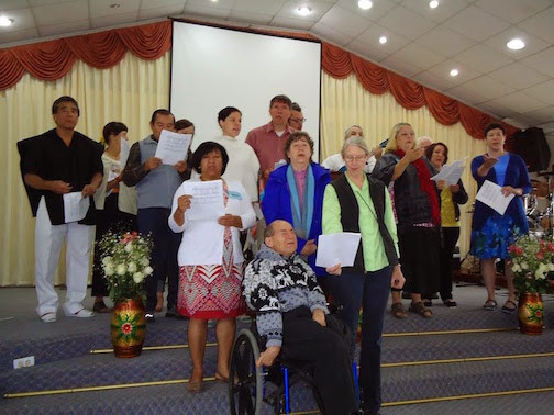 Oregon Group And FEDICE Team Singing For The Congregation