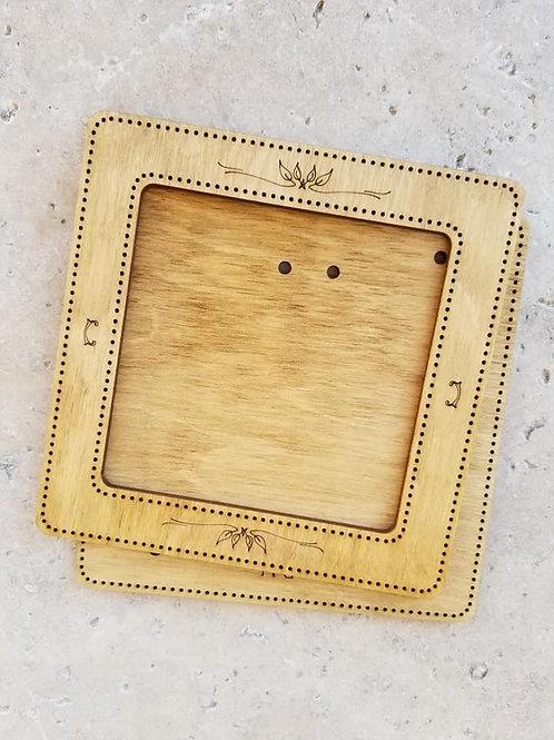 Square Frame (4x4) - Primitive & Wood