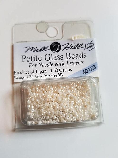 Mill Hill Petite Glass Beads - 40123