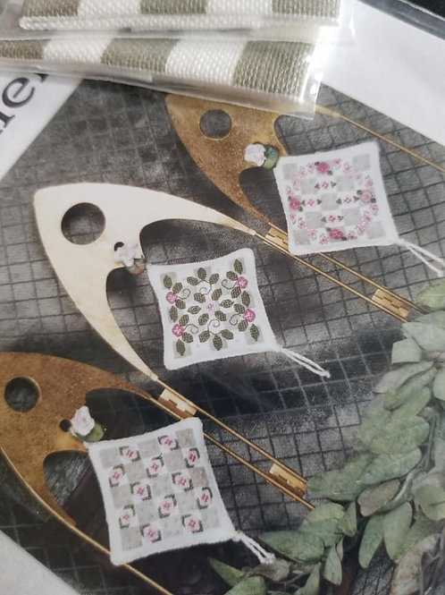 *Checklet Spring Ornaments - Liberty Street Designs