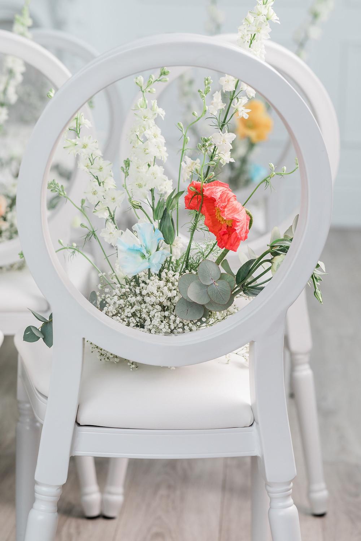 wedding flowers mint room