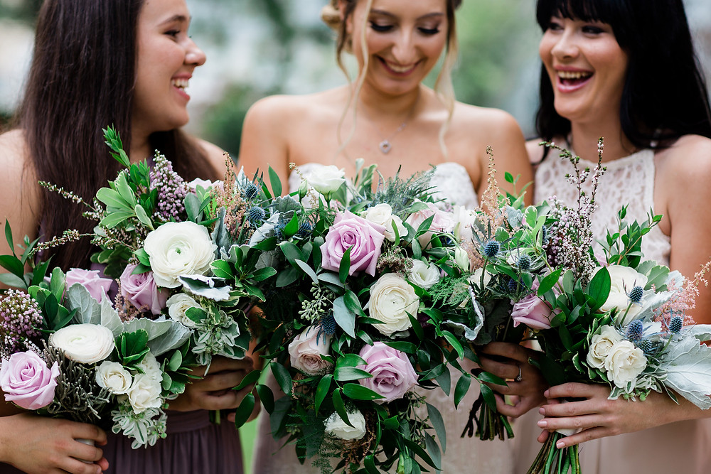 bridesmaids lush fountain bouquet