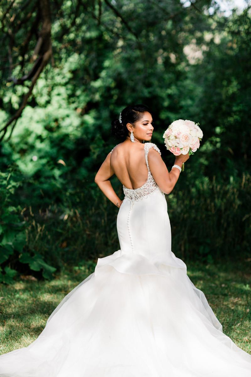 bridal portrait beauty wedding gown toronto