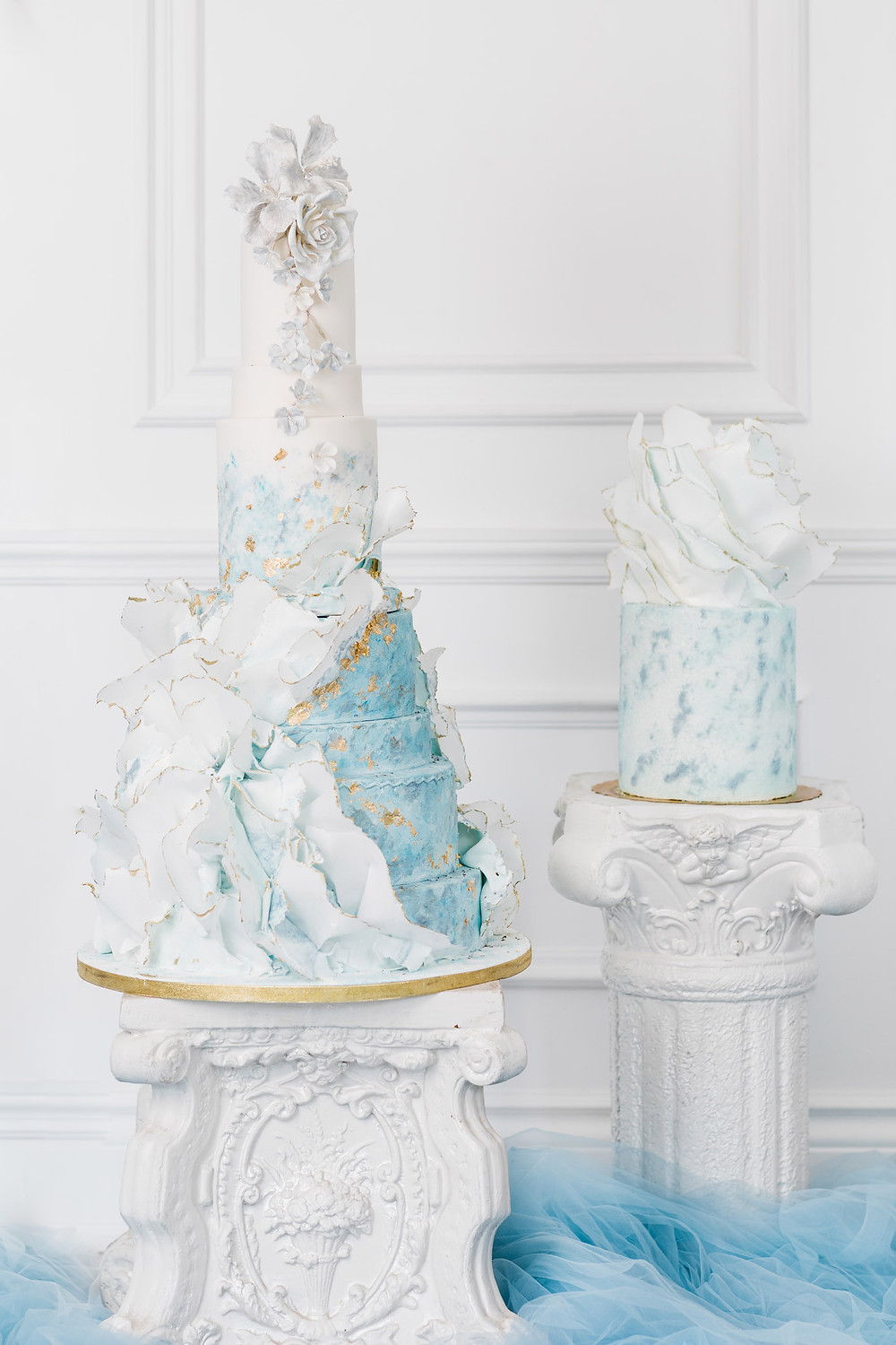 luxury artistic multi-tier wedding cake