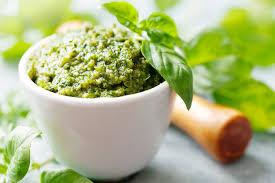 Raw Kale & Avocado Pesto