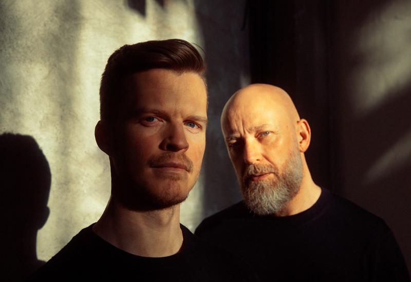 Jonas Kilmork Vemøy (trompet) til venstre og Øyvind Kristiansen (piano,keys).