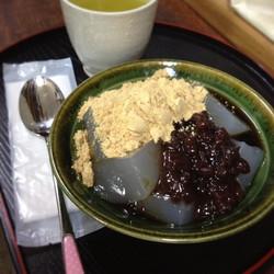 小倉わらび餅¥750.