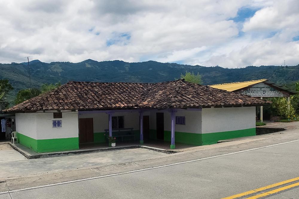 Municipio sobre la carretera, vía Nariño