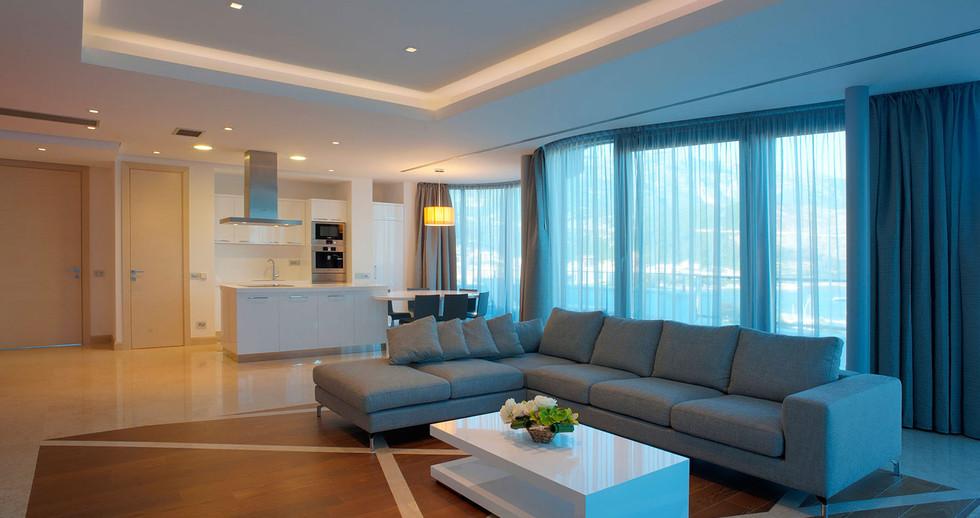 401 living room 4.jpg