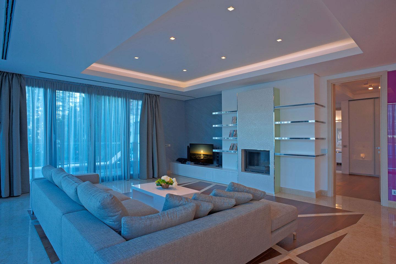 401 living room 3