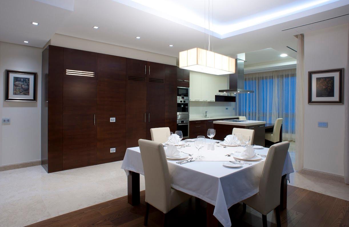 201 kitchen 3.jpg