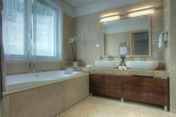 101 master bathroom