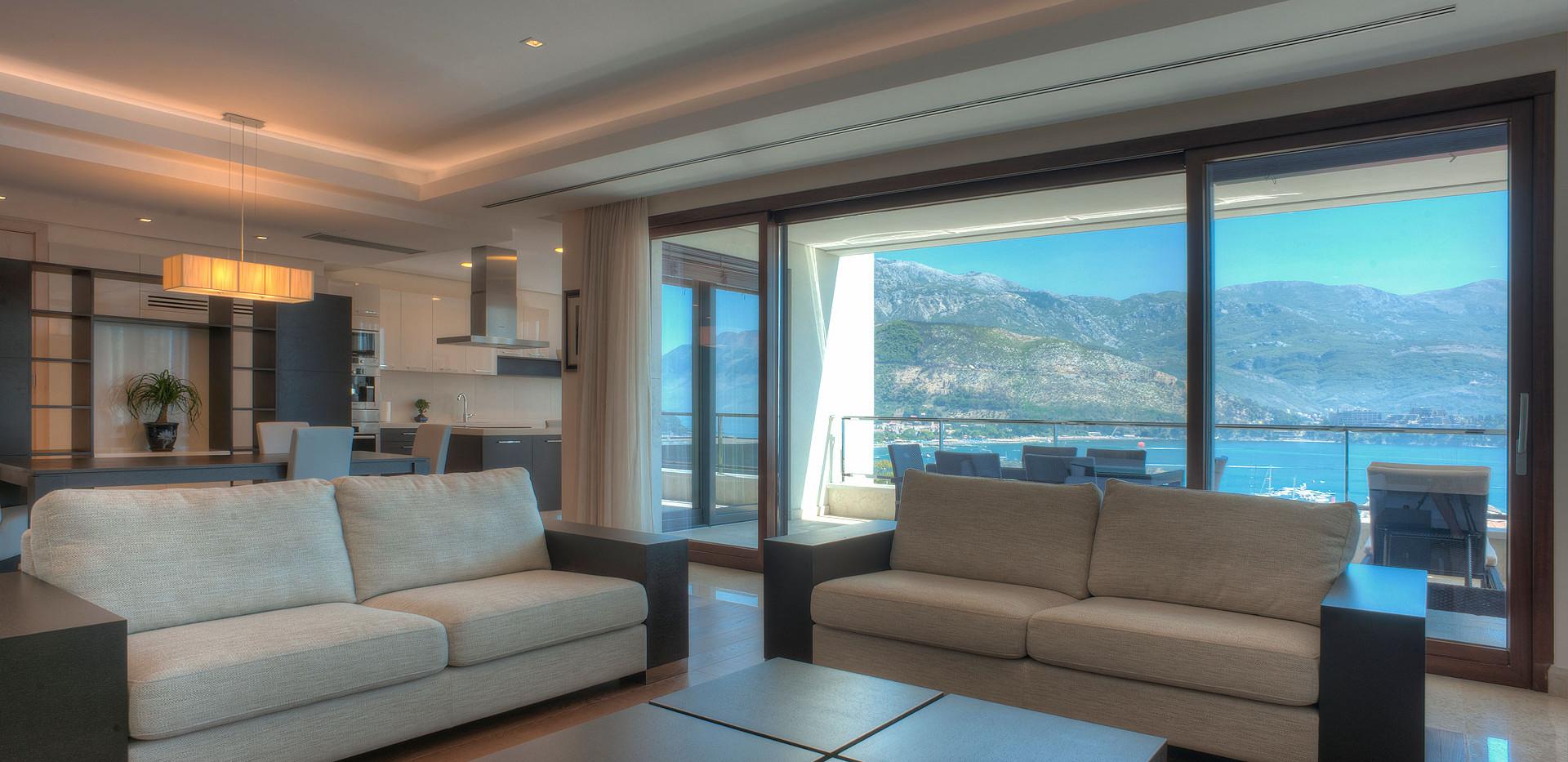 301 living room 4.jpg