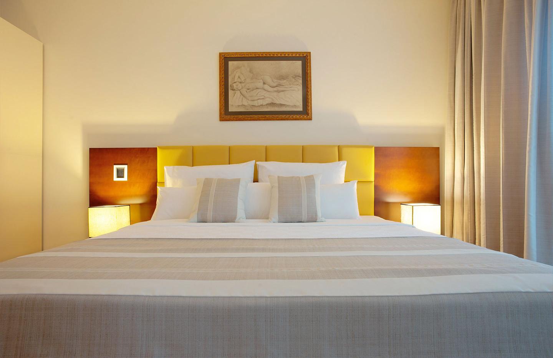 201 master bedroom 3.jpg