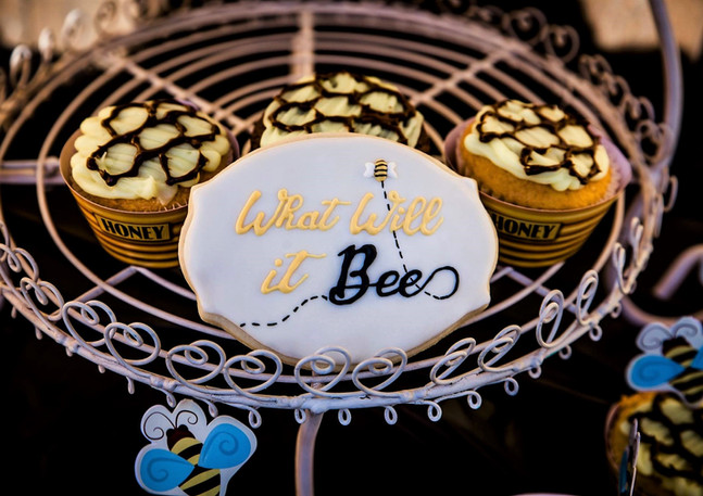 What Will It Bee Cookies.KCB